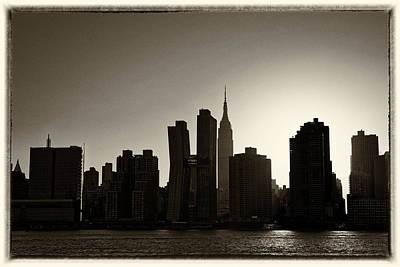 Photograph - Sunset on The East River by M Nuri Shakoor
