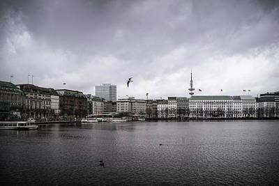 Photograph - Hamburg Binnenalster mit Fernsehturm by Ute Herzog