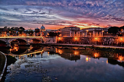 Photograph - Twilight on the Tiber by Millner Stephanie