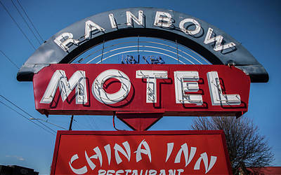 Photograph - Rainbow Motel by Bud Simpson