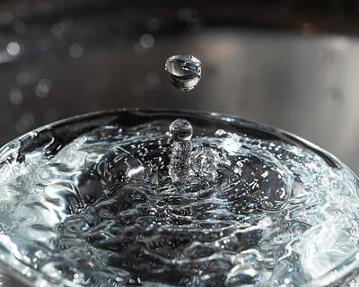 Photograph - Gota de agua by Eduardo Mendez