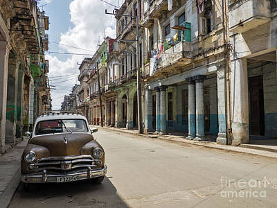 Photograph - Oldtimer in Havanna by Sven Fauth