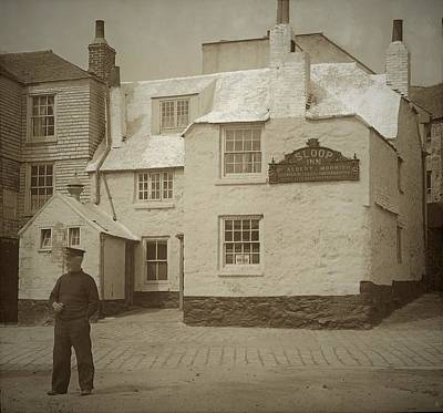 Photograph - The Sloop Inn Cornwall UK by Graham Harding