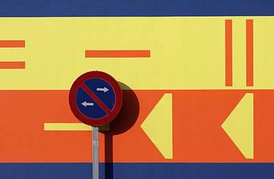Spain Wall Art - Photograph - < \ > by Hans-wolfgang Hawerkamp