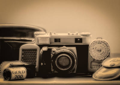 Rangefinder Photograph -  A Kodak Moment by Donna Lee