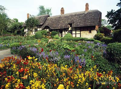 Anne Hathaway's Cottage Original