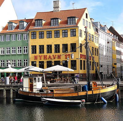 Boat In Nyhavn Art Print by Richard Rosenshein