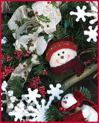 Photograph -  Merry Christmas Snowmen Wreath by Chris Anderson