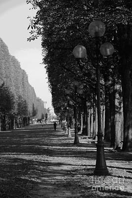 Paris - Peaceful Afternoon Bw Art Print by Jacqueline M Lewis
