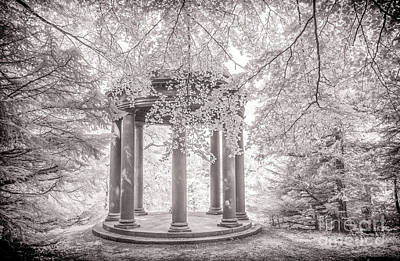 Temple Of Fame Fountains Abbey Art Print by Janet Burdon