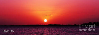 White Sun And Crimson Glow - Sunset Xmas Day. Art Print by Geoff Childs