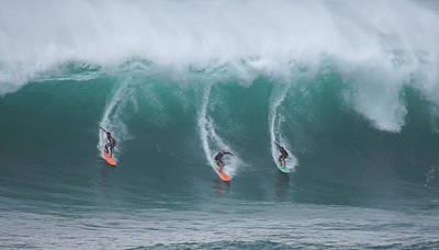 Winter Surf Waimea Bay Hawaii Art Print