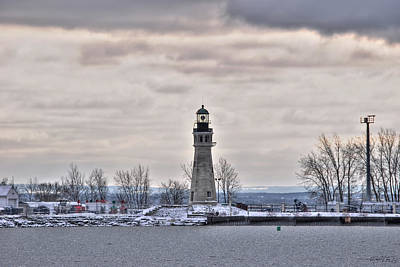 01 Winter Light House Art Print
