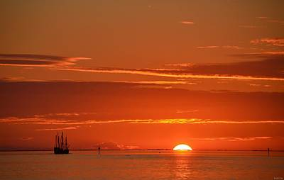 Photograph - 0107 Christopher Columbus Sailing Ship Nina Sails Off Into The Sunset by Jeff at JSJ Photography