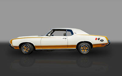 Photograph - 1972 Hurst Oldsmobile by Frank J Benz