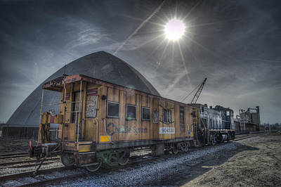 Evansville Photograph - 03.21.14 Csx Switcher - Co Caboose by Jim Pearson