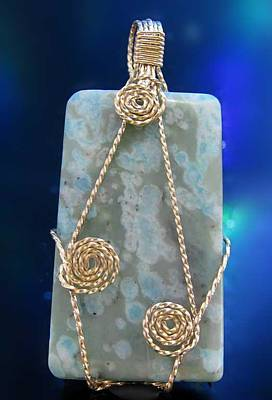14k Gold Fill Jewelry - 0621 Stars On The Water by Dianne Brooks