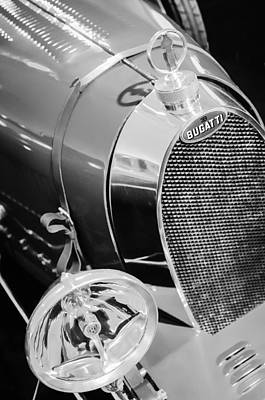 Bugatti Vintage Car Photograph - 1925 Bugatti Type 35 Grand Prix Grille Emblem - Hood Ornament by Jill Reger