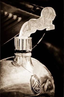 1925 Citroen Cloverleaf Photograph - 1925 Citroen Cloverleaf Hood Ornament by Jill Reger