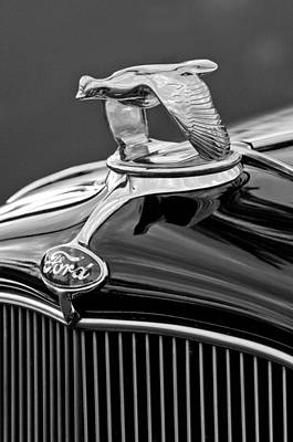 1932 Ford V8 Hood Ornament Art Print