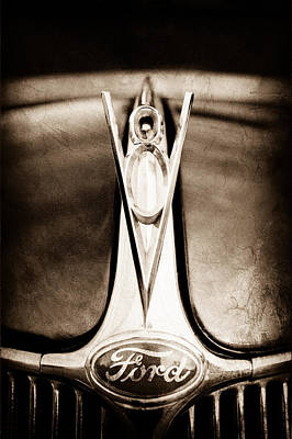 Hood Ornament Photograph - 1936 Ford Phaeton V8 Hood Ornament - Emblem by Jill Reger