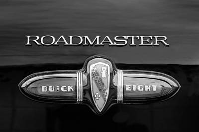 Photograph - 1939 Buick Eight Roadmaster Emblem by Jill Reger