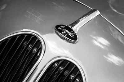 Vintage Hot Rod Photograph - 1948 Anglia Grille Emblem -510c by Jill Reger