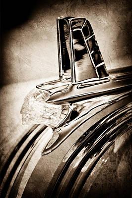 1953 Pontiac Photograph - 1953 Pontiac Hood Ornament by Jill Reger
