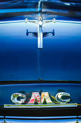 Hood Ornament Photograph - 1954 Gmc Pickup Truck Hood Ornament - Emblem by Jill Reger