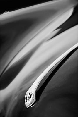 Hood Emblem Photograph - 1957 Porsche Speedster 1600 Super Hood Emblem by Jill Reger