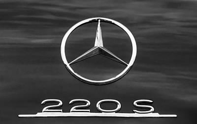 Photograph - 1958 Mercedes-benz 220s Cabriolet Emblem by Jill Reger