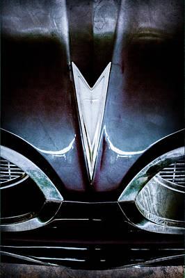 Bonneville Images Photograph - 1959 Pontiac Bonneville Convertible Emblem by Jill Reger