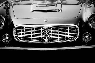 1960 Photograph - 1960 Maserati 3500 Gt Spyder Grille Emblem by Jill Reger