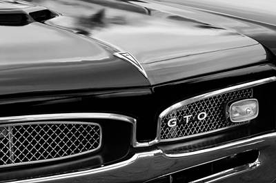 Classic American Muscle Cars Photograph - 1967 Pontiac Gto Grille Emblem by Jill Reger