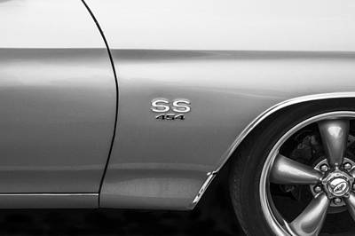 V8 Chevelle Photograph - 1970 Chevy Chevelle 454 Ss  by Rich Franco