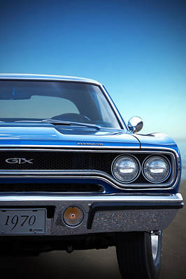 Photograph - 1970 Plymouth Gtx by Gordon Dean II