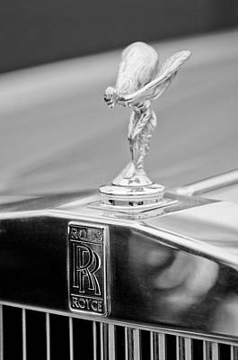 1984 Photograph - 1984 Rolls-royce Silver Spur Hood Ornament by Jill Reger