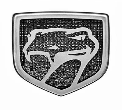 Viper Wall Art - Photograph - 1998 Dodge Viper Gts-r Emblem by Jill Reger