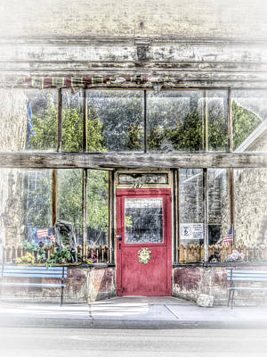 Photograph - Painted Effect - Abandoned Shop by Susan Leonard