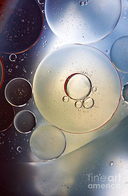 Abstraction Oil Bubbles In Water Art Print by Odon Czintos