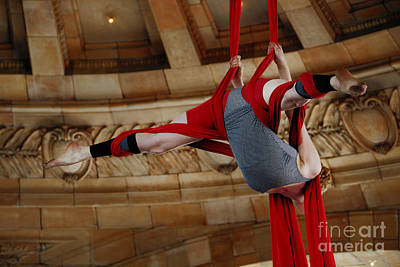 Aerial Ribbon Performer At Pennsylvanian Grand Rotunda Art Print by Amy Cicconi