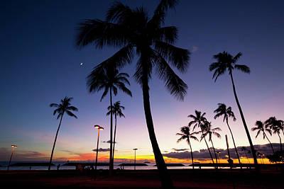 Ala Moana Photograph - Ala Moana Beach Park, Waikiki by Douglas Peebles