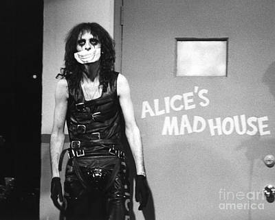 Chris Walter Wall Art - Photograph - Alice Cooper 1979 by Chris Walter