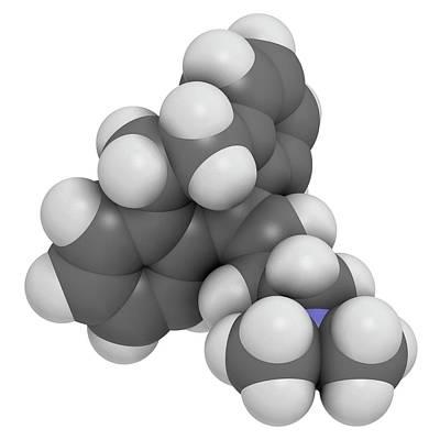 Chemical Photograph - Amitryptiline Tricyclic Antidepressant by Molekuul