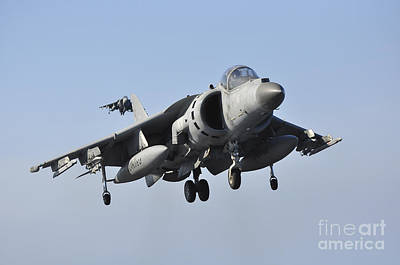 Navy Jets Photograph - An Italian Navy Av-8b Harrier II by Giorgio Giarini