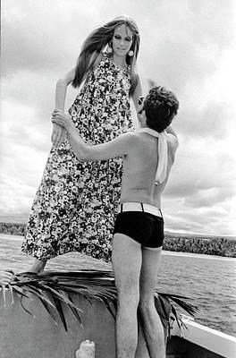 Photograph - Ara Gallant And Veruschka by Franco Rubartelli