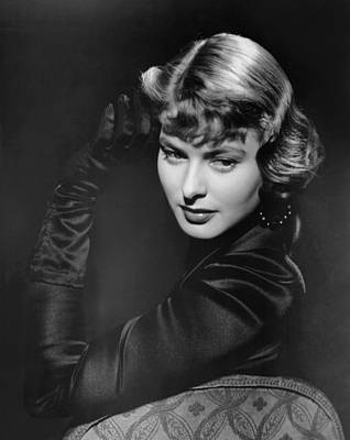 Opera Gloves Photograph - Arch Of Triumph, Ingrid Bergman, 1948 by Everett