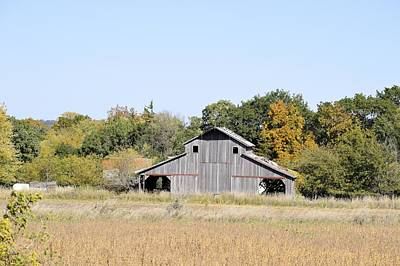 Photograph - Autumn Barn by Bonfire Photography