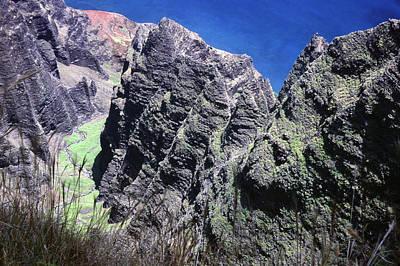 Photograph - Awa'awapuhi Valley by Morris  McClung
