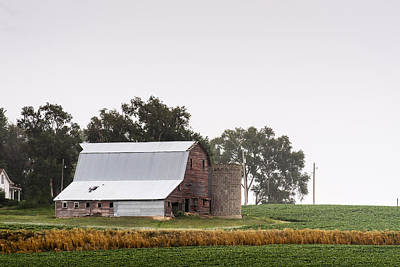 Photograph - Barn And Silo by Edward Peterson
